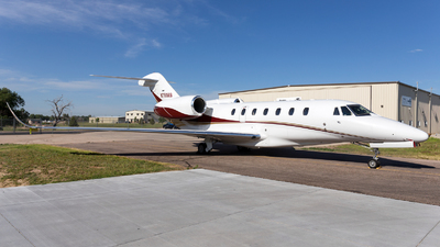 N750RB - Cessna 750 Citation X - Private
