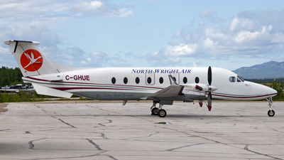 C-GHUE - Beech 1900D - North Wright Air
