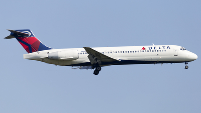 N987AT - Boeing 717-231 - Delta Air Lines
