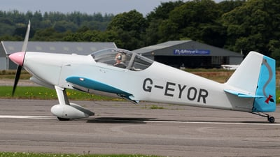 G-EYOR - Vans RV-6 - Private