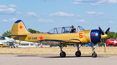 SP-YAH - Yakovlev Yak-52 - Private