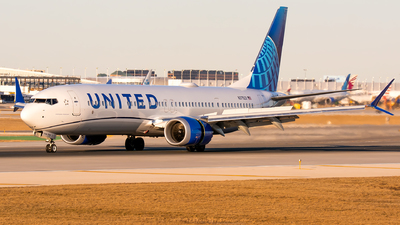 A picture of N37523 - Boeing 737 MAX 9 - United Airlines - © Kevin Cargo