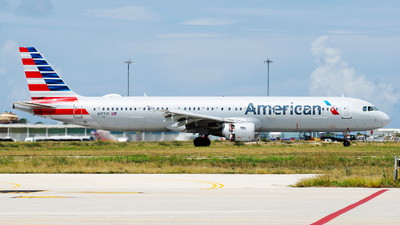 A picture of N177US - Airbus A321211 - American Airlines - © Nito