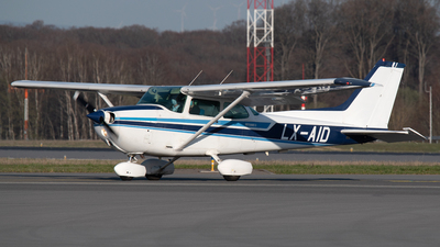 LX-AID - Reims-Cessna F172N Skyhawk II - Private