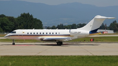 LX-JAP - Bombardier BD-700-1A11 Global 5000 - Private