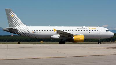 EC-KBU - Airbus A320-214 - Vueling