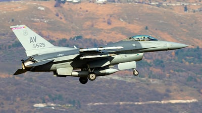 88-0525 - General Dynamics F-16CG Fighting Falcon - United States - US Air Force (USAF)