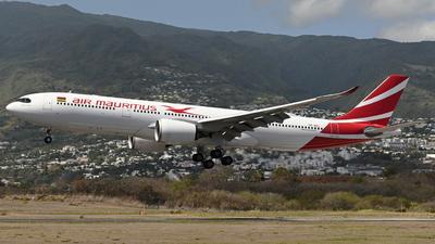 A picture of 3BNBU - Airbus A330941 - Air Mauritius - © Charles-Henri FONTAINE