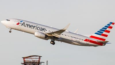 A picture of N976NN - Boeing 737823 - American Airlines - © KenKen Huang