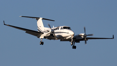 N123HG - Beechcraft 300 Super King Air - Private