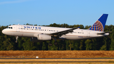 N456UA - Airbus A320-232 - United Airlines