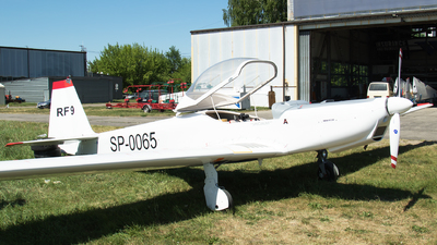 SP-0065 - Fournier RF9 - Private