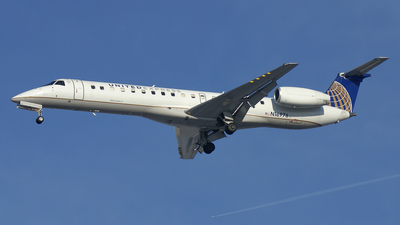 N16976 - Embraer ERJ-145LR - United Express (ExpressJet Airlines)
