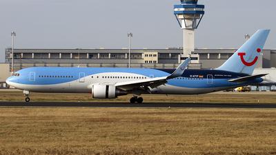 A picture of DATYF - Boeing 767304(ER) - [28208] - © Christoph Flink