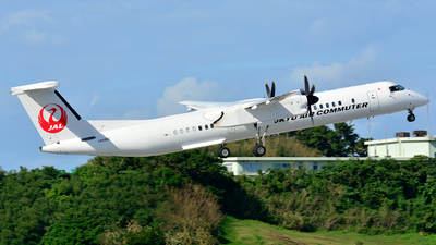 A picture of JA84RC - De Havilland Canada Dash 8400 Combi - Ryukyu Air Commuter - © Henry Cheng