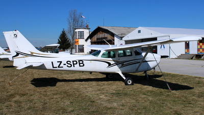 LZ-SPB - Reims-Cessna F172N Skyhawk - Private