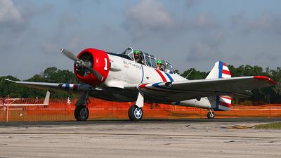 N65370 - North American SNJ-2 Texan - Skytypers