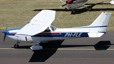 A picture of PHFLE - Cessna F172N Skyhawk - [01553] - © Daniel Schwinn