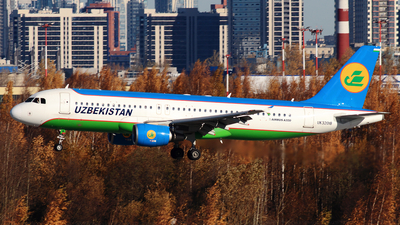 UK32018 - Airbus A320-214 - Uzbekistan Airways