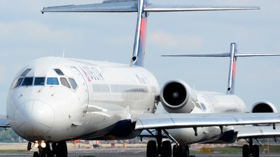 N955DL - McDonnell Douglas MD-88 - Delta Air Lines