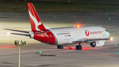 VH-XMR - Boeing 737-376(SF) - Qantas Freight (Express Freighters Australia)