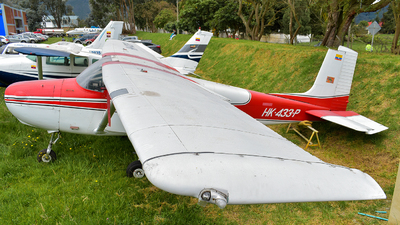HK-433-P - Cessna 172 Skyhawk - Private