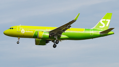 VQ-BCF - Airbus A320-271N - S7 Airlines