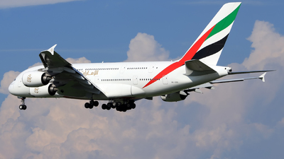 A6-EOS - Airbus A380-861 - Emirates