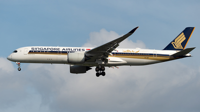 A picture of 9VSMF - Airbus A350941 - Singapore Airlines - © Andrew Hunt