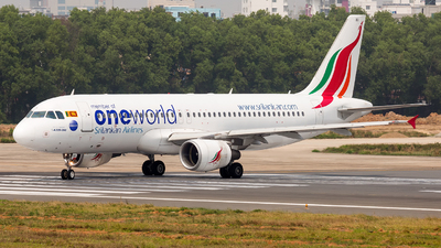 4R-ABO - Airbus A320-214 - SriLankan Airlines