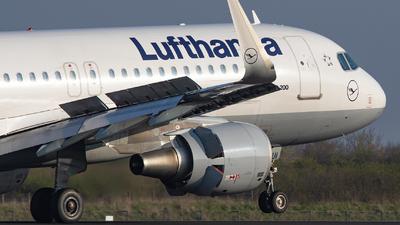 D-AIUI - Airbus A320-214 - Lufthansa