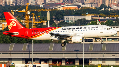 A picture of B6565 - Airbus A320214 - Shenzhen Airlines - © SINO6702