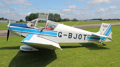 A picture of GBJOT - Jodel D117 - [688] - © Jez-UK