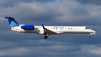 N16147 - Embraer ERJ-145XR - United Express (Commutair)