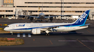 A picture of JA817A - Boeing 7878 Dreamliner - All Nippon Airways - © Fumihiro Ono