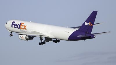 N137FE - Boeing 767-3S2F(ER) - FedEx