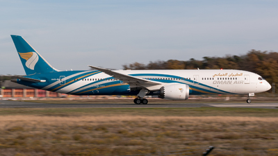 A picture of A4OSH - Boeing 7879 Dreamliner - Oman Air - © FraviationGirl