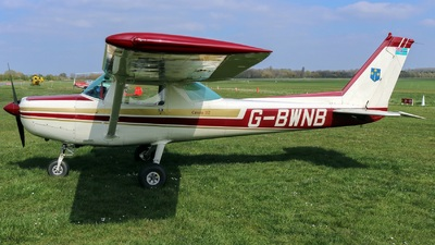 G-BWNB - Cessna 152 - South Warwickshire Flying School
