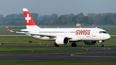 A picture of HBJCR - Airbus A220300 - Swiss - © Sebastian Thiel