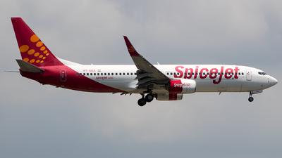 VT-SGX - Boeing 737-8GJ - SpiceJet