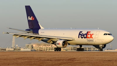 A picture of N728FD - Airbus A300B4622R(F) - [581] - © DJ Reed - OPShots Photo Team