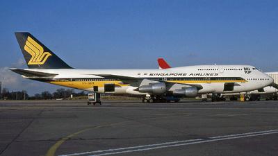 9V-SKM - Boeing 747-312(M) - Singapore Airlines