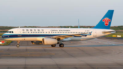 B-1805 - Airbus A320-232 - China Southern Airlines