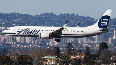 A picture of N474AS - Boeing 737990(ER) - Alaska Airlines - © Brandon Giacomin