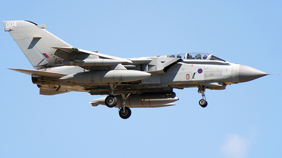 ZA370 - Panavia Tornado GR.4 - United Kingdom - Royal Air Force (RAF)