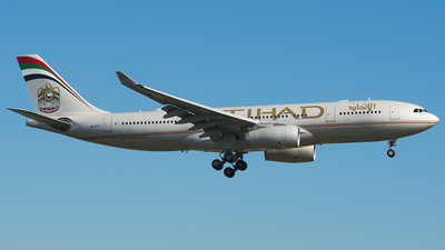 A6-EYT - Airbus A330-243 - Etihad Airways