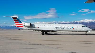 A picture of N755EV - Mitsubishi CRJ701ER - American Airlines - © Michael Rodeback