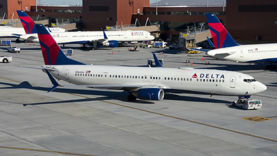 N866DN - Boeing 737-932ER - Delta Air Lines