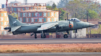 IN617 - British Aerospace Sea Harrier FRS.51 - India - Navy