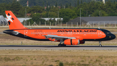 UR-DAD - Airbus A320-233 - Donbassaero